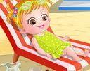 Baby Hazel đi biển