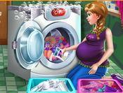 choi game Bà bầu Anna giặt đồ